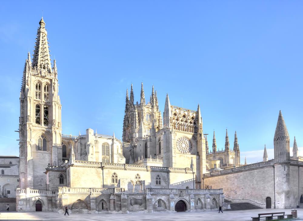Los hitos históricos de la arquitectura en España catedral de burgos