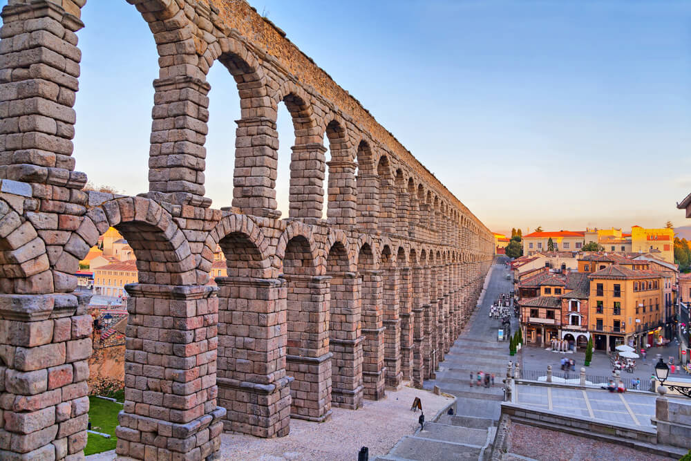 Los hitos históricos de la arquitectura en España acueducto de segovia