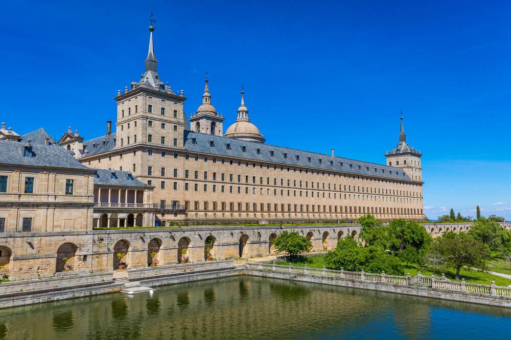 Los hitos históricos de la arquitectura en España real monasterio de el escorial